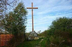 """Krzyż - Chłapowo [Krzyże i kapliczki]<br><a href=""""?s=nadmorskie-poi&o=we&id_kat=105&id_m=20&id=4674"""">pokaż szczegóły punktu...</a>"""