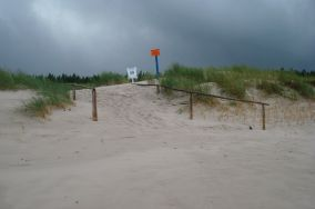 """50 - Osetnik (Stilo) [Wejścia na plażę]<br><a href=""""?s=nadmorskie-poi&o=we&id_kat=13&id_m=190&id=184"""">pokaż szczegóły punktu...</a>"""