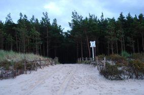"""37 - Lubiatowo [Wejścia na plażę]<br><a href=""""?s=nadmorskie-poi&o=we&id_kat=13&id_m=100&id=1222"""">pokaż szczegóły punktu...</a>"""