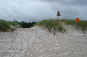 """30 - Białogóra [Wejścia na plażę]<br><a href=""""?s=nadmorskie-poi&o=we&id_kat=13&id_m=9&id=1206"""">pokaż szczegóły punktu...</a>"""