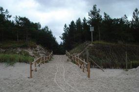 """23 - Dębki [Wejścia na plażę]<br><a href=""""?s=nadmorskie-poi&o=we&id_kat=13&id_m=28&id=210"""">pokaż szczegóły punktu...</a>"""