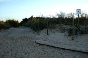"""1 - Władysławowo [Wejścia na plażę]<br><a href=""""?s=nadmorskie-poi&o=we&id_kat=13&id_m=235&id=1014"""">pokaż szczegóły punktu...</a>"""