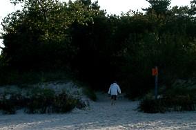 """48 - Jastarnia [Wejścia na plażę]<br><a href=""""?s=nadmorskie-poi&o=we&id_kat=13&id_m=60&id=309"""">pokaż szczegóły punktu...</a>"""