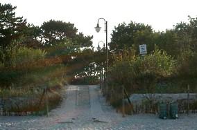 """51 - Jastarnia [Wejścia na plażę]<br><a href=""""?s=nadmorskie-poi&o=we&id_kat=13&id_m=60&id=311"""">pokaż szczegóły punktu...</a>"""