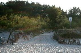 """52 - Jastarnia [Wejścia na plażę]<br><a href=""""?s=nadmorskie-poi&o=we&id_kat=13&id_m=60&id=312"""">pokaż szczegóły punktu...</a>"""