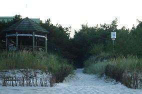 """59 - Jurata [Wejścia na plażę]<br><a href=""""?s=nadmorskie-poi&o=we&id_kat=13&id_m=66&id=319"""">pokaż szczegóły punktu...</a>"""