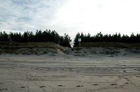 """15 - Piaski [Wejścia na plażę]<br><a href=""""?s=nadmorskie-poi&o=we&id_kat=13&id_m=139&id=339"""">pokaż szczegóły punktu...</a>"""