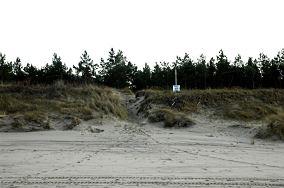 """13 - Piaski [Wejścia na plażę]<br><a href=""""?s=nadmorskie-poi&o=we&id_kat=13&id_m=139&id=341"""">pokaż szczegóły punktu...</a>"""