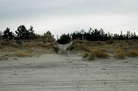 """12 - Piaski [Wejścia na plażę]<br><a href=""""?s=nadmorskie-poi&o=we&id_kat=13&id_m=139&id=342"""">pokaż szczegóły punktu...</a>"""