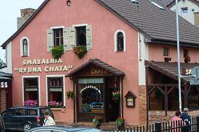 """Rybna Chata - ul. Kąpielowa 1 - Darłowo [Restauracje, bary i kawiarnie]<br><a href=""""?s=nadmorskie-poi&o=we&id_kat=5&id_m=25&id=3782"""">pokaż szczegóły punktu...</a>"""