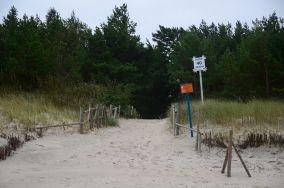 """40 - Lubiatowo [Wejścia na plażę]<br><a href=""""?s=nadmorskie-poi&o=we&id_kat=13&id_m=100&id=196"""">pokaż szczegóły punktu...</a>"""