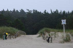 """35 - Białogóra [Wejścia na plażę]<br><a href=""""?s=nadmorskie-poi&o=we&id_kat=13&id_m=9&id=1013"""">pokaż szczegóły punktu...</a>"""