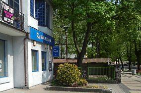 """PEKAO SA - ul. Marynarki Polskiej 81C - Ustka [Bankomaty i kantory]<br><a href=""""?s=nadmorskie-poi&o=we&id_kat=9&id_m=217&id=3891"""">pokaż szczegóły punktu...</a>"""