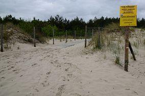 """422.8 km - Świnoujście [Wejścia na plażę]<br><a href=""""?s=nadmorskie-poi&o=we&id_kat=13&id_m=205&id=1520"""">pokaż szczegóły punktu...</a>"""