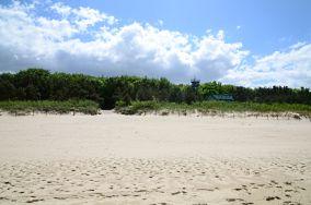 """J - Międzyzdroje [Wejścia na plażę]<br><a href=""""?s=nadmorskie-poi&o=we&id_kat=13&id_m=116&id=1425"""">pokaż szczegóły punktu...</a>"""