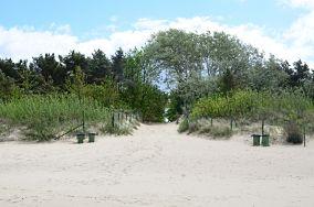 """H - Międzyzdroje [Wejścia na plażę]<br><a href=""""?s=nadmorskie-poi&o=we&id_kat=13&id_m=116&id=1423"""">pokaż szczegóły punktu...</a>"""