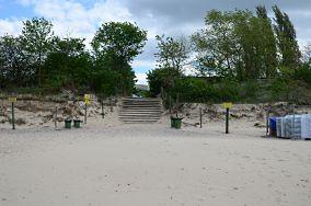"""B - Międzyzdroje [Wejścia na plażę]<br><a href=""""?s=nadmorskie-poi&o=we&id_kat=13&id_m=116&id=1419"""">pokaż szczegóły punktu...</a>"""