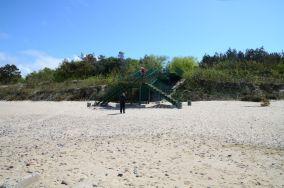 """386.2 km - Dziwnówek [Wejścia na plażę]<br><a href=""""?s=nadmorskie-poi&o=we&id_kat=13&id_m=30&id=136"""">pokaż szczegóły punktu...</a>"""