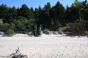 """382.9 km - Łukęcin [Wejścia na plażę]<br><a href=""""?s=nadmorskie-poi&o=we&id_kat=13&id_m=109&id=3826"""">pokaż szczegóły punktu...</a>"""