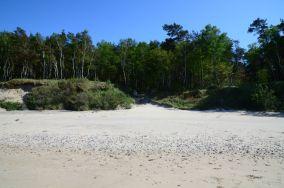 """381.6 km - Łukęcin [Wejścia na plażę]<br><a href=""""?s=nadmorskie-poi&o=we&id_kat=13&id_m=109&id=1387"""">pokaż szczegóły punktu...</a>"""