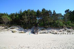 """45 - Pobierowo [Wejścia na plażę]<br><a href=""""?s=nadmorskie-poi&o=we&id_kat=13&id_m=145&id=1383"""">pokaż szczegóły punktu...</a>"""