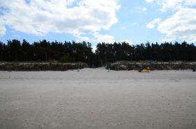 """8 - Niechorze [Wejścia na plażę]<br><a href=""""?s=nadmorskie-poi&o=we&id_kat=13&id_m=123&id=1355"""">pokaż szczegóły punktu...</a>"""
