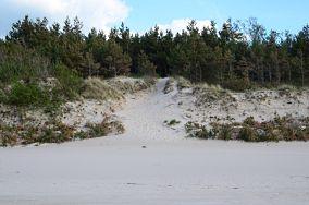 """352.x km - Mrzeżyno [Wejścia na plażę]<br><a href=""""?s=nadmorskie-poi&o=we&id_kat=13&id_m=120&id=3835"""">pokaż szczegóły punktu...</a>"""
