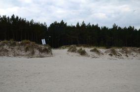 """342/3 [Wejścia na plażę]<br><a href=""""?s=nadmorskie-poi&o=we&id_kat=13&id_m=0&id=3836"""">pokaż szczegóły punktu...</a>"""