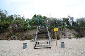 """3 - Sianożęty [Wejścia na plażę]<br><a href=""""?s=nadmorskie-poi&o=we&id_kat=13&id_m=175&id=3853"""">pokaż szczegóły punktu...</a>"""