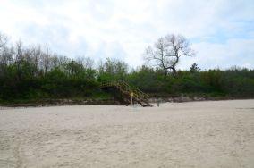 """321.9 km - Sianożęty [Wejścia na plażę]<br><a href=""""?s=nadmorskie-poi&o=we&id_kat=13&id_m=175&id=3858"""">pokaż szczegóły punktu...</a>"""