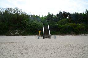 """5 - Sianożęty [Wejścia na plażę]<br><a href=""""?s=nadmorskie-poi&o=we&id_kat=13&id_m=175&id=3855"""">pokaż szczegóły punktu...</a>"""