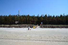 """42 - Lubiatowo [Wejścia na plażę]<br><a href=""""?s=nadmorskie-poi&o=we&id_kat=13&id_m=100&id=194"""">pokaż szczegóły punktu...</a>"""