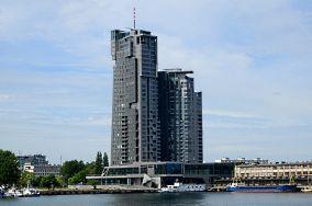 """Sea Towers - ul. Hryniewickiego 6 - Gdynia [Inne]<br><a href=""""?s=nadmorskie-poi&o=we&id_kat=15&id_m=37&id=3064"""">pokaż szczegóły punktu...</a>"""