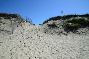 """1 - Piaski [Wejścia na plażę]<br><a href=""""?s=nadmorskie-poi&o=we&id_kat=13&id_m=139&id=2167"""">pokaż szczegóły punktu...</a>"""