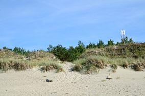 """2 - Piaski [Wejścia na plażę]<br><a href=""""?s=nadmorskie-poi&o=we&id_kat=13&id_m=139&id=2174"""">pokaż szczegóły punktu...</a>"""
