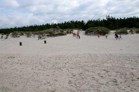 """Czarny szlak do Rąbki - Łeba [Wejścia na plażę]<br><a href=""""?s=nadmorskie-poi&o=we&id_kat=13&id_m=107&id=1076"""">pokaż szczegóły punktu...</a>"""