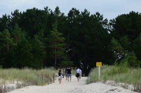 """183.xx km - Łeba [Wejścia na plażę]<br><a href=""""?s=nadmorskie-poi&o=we&id_kat=13&id_m=107&id=3801"""">pokaż szczegóły punktu...</a>"""