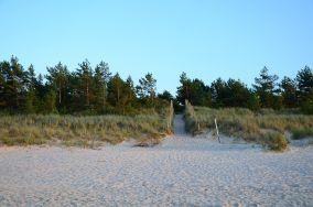 """180.x km - Łeba [Wejścia na plażę]<br><a href=""""?s=nadmorskie-poi&o=we&id_kat=13&id_m=107&id=3808"""">pokaż szczegóły punktu...</a>"""