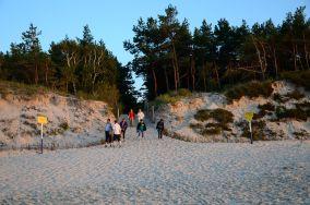 """180.9 km - Łeba [Wejścia na plażę]<br><a href=""""?s=nadmorskie-poi&o=we&id_kat=13&id_m=107&id=3811"""">pokaż szczegóły punktu...</a>"""