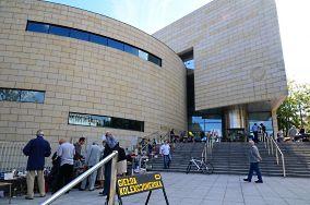 """Muzeum Miasta Gdyni - ul. Zawiszy Czarnego 1 - Gdynia [Muzea i zabytki]<br><a href=""""?s=nadmorskie-poi&o=we&id_kat=3&id_m=37&id=2300"""">pokaż szczegóły punktu...</a>"""