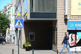 """Euronet - Gdynia [Bankomaty i kantory]<br><a href=""""?s=nadmorskie-poi&o=we&id_kat=9&id_m=37&id=855"""">pokaż szczegóły punktu...</a>"""