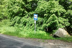 """PKS Krynica Morska Leśniczówka - Krynica Morska [Dworce i przystanki autobusowe]<br><a href=""""?s=nadmorskie-poi&o=we&id_kat=12&id_m=91&id=3013"""">pokaż szczegóły punktu...</a>"""