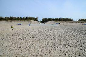 """I, 3, 425.6 km - Świnoujście [Wejścia na plażę]<br><a href=""""?s=nadmorskie-poi&o=we&id_kat=13&id_m=205&id=1318"""">pokaż szczegóły punktu...</a>"""
