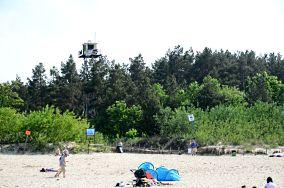 """80 - Jantar [Wejścia na plażę]<br><a href=""""?s=nadmorskie-poi&o=we&id_kat=13&id_m=58&id=2770"""">pokaż szczegóły punktu...</a>"""