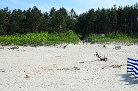 """77 - Jantar [Wejścia na plażę]<br><a href=""""?s=nadmorskie-poi&o=we&id_kat=13&id_m=58&id=2767"""">pokaż szczegóły punktu...</a>"""