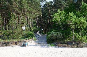 """72 - Stegna [Wejścia na plażę]<br><a href=""""?s=nadmorskie-poi&o=we&id_kat=13&id_m=187&id=2159"""">pokaż szczegóły punktu...</a>"""