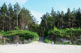 """70 - Stegna [Wejścia na plażę]<br><a href=""""?s=nadmorskie-poi&o=we&id_kat=13&id_m=187&id=2161"""">pokaż szczegóły punktu...</a>"""