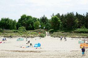 """31 - Krynica Morska [Wejścia na plażę]<br><a href=""""?s=nadmorskie-poi&o=we&id_kat=13&id_m=91&id=2731"""">pokaż szczegóły punktu...</a>"""