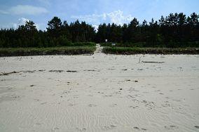 """42 - Kąty Rybackie [Wejścia na plażę]<br><a href=""""?s=nadmorskie-poi&o=we&id_kat=13&id_m=79&id=2743"""">pokaż szczegóły punktu...</a>"""