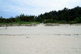 """48 - Kąty Rybackie [Wejścia na plażę]<br><a href=""""?s=nadmorskie-poi&o=we&id_kat=13&id_m=79&id=2749"""">pokaż szczegóły punktu...</a>"""